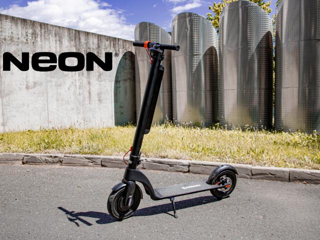 NOVO U NAŠIM SALONIMA: Pokrenite se uz NEON električne romobile